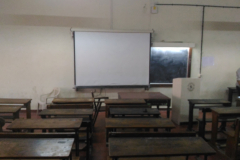 Classroom with LCD projector1